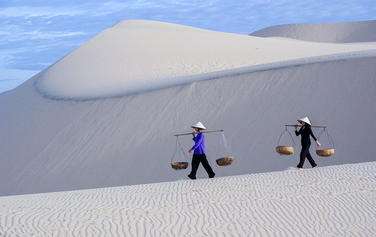 Đồi Cát Trắng Tại Mũi Né Phan Thiết - Công ty du lịch Nội Địa và Quốc Tế  Top Travels | Top Travels