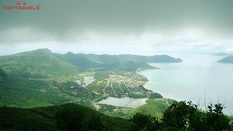 Núi Thánh Giá Ở Côn Đảo