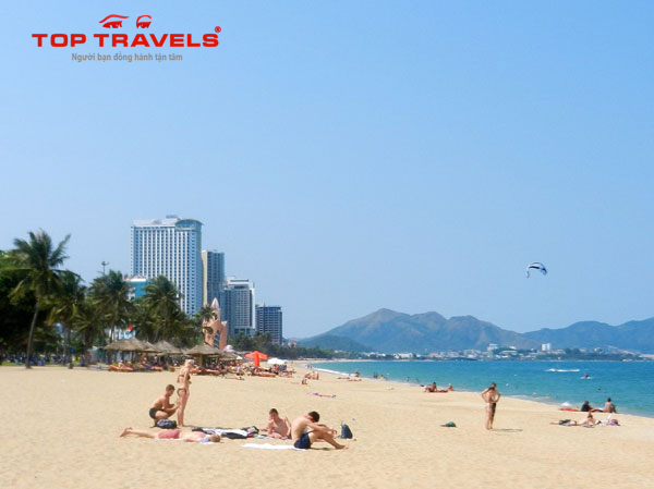 Tour du lịch Nha Trang : Phan Thiết - Diamond Bay - Vinpearl land