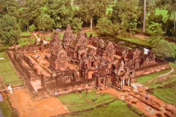Ngôi đền Banteay Srei tại Campuchia