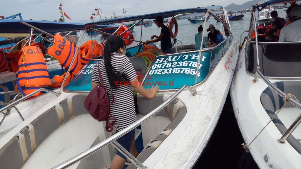 Cano Hậu Thi đi đảo Bình Ba
