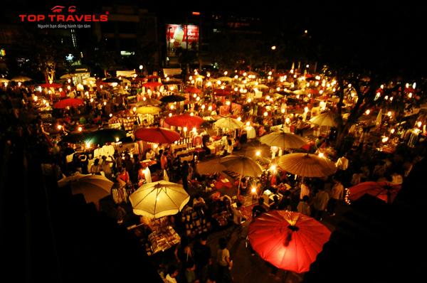 Chợ đêm Chiang Mai Tại Thái Lan
