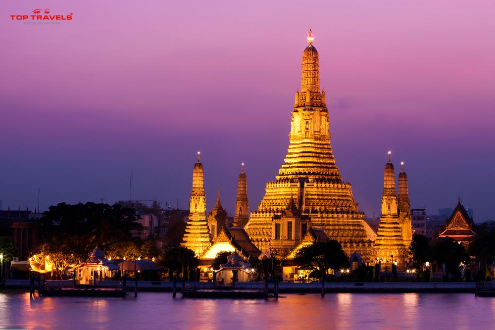 Chùa Wat Arun Tại Thái Lan