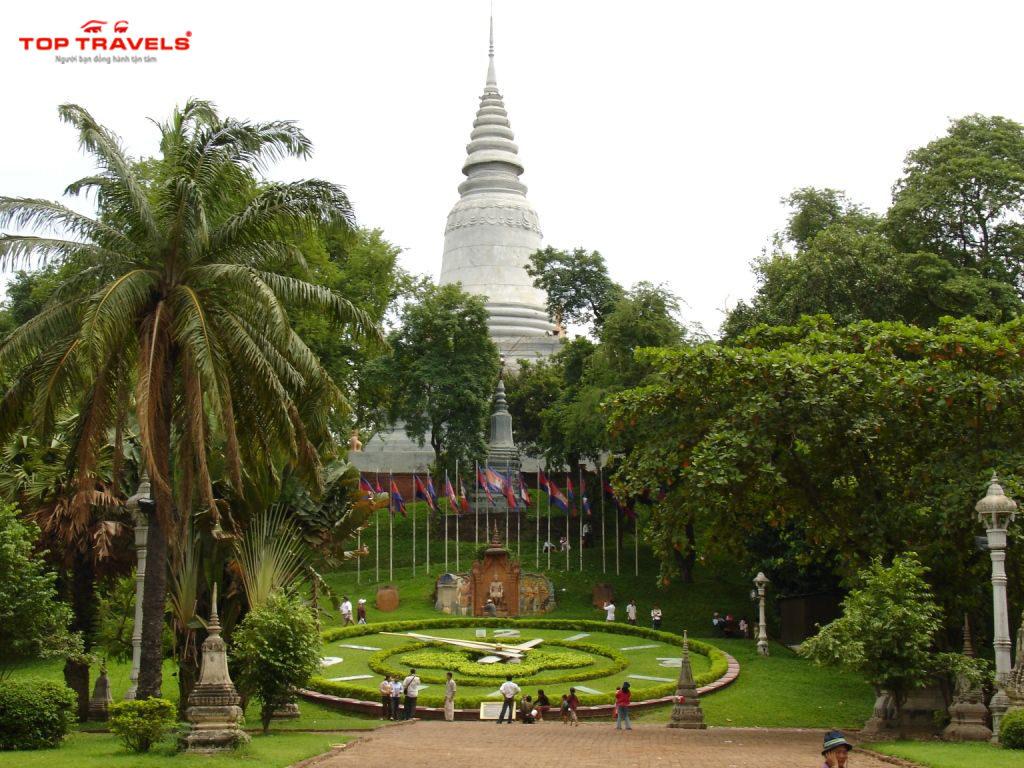 Chùa Wat Phnom Tại Campuchia