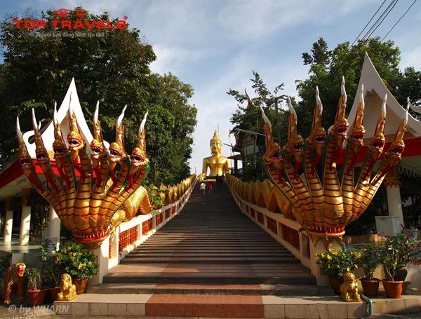 Chùa Wat Phra Yai Ở Thái Lan