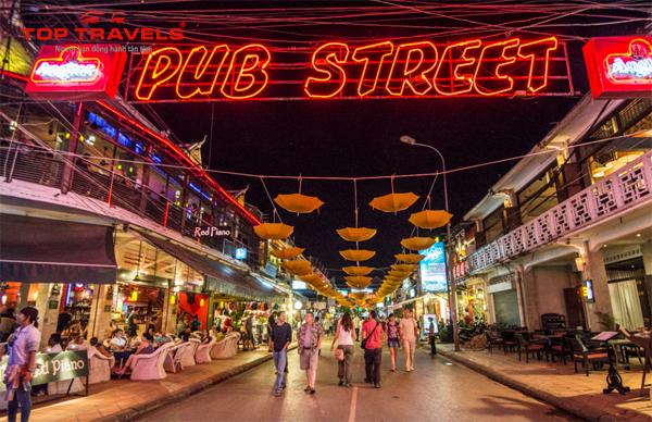 Khám phá khu phố Tây Pub Street Ở Campuchia