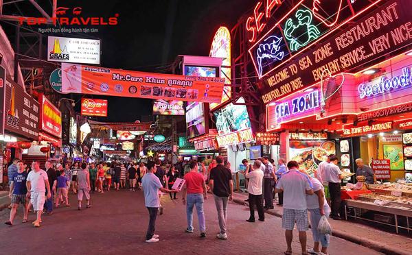 Phố đi bộ Walking Street ở Pattaya - Thái Lan