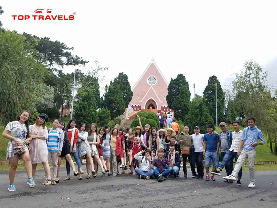 tour-da-lat-le-30-4-top-travels
