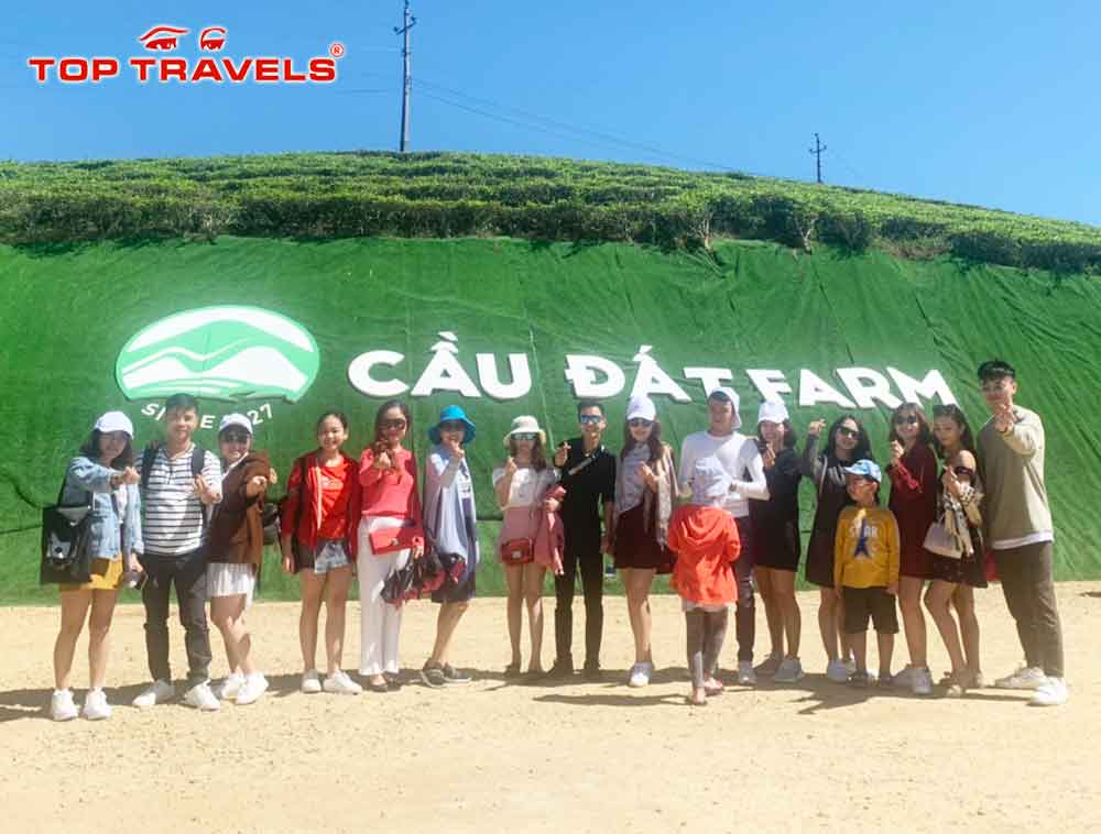 tour-da-lat-tet-duong-lich-top-travels